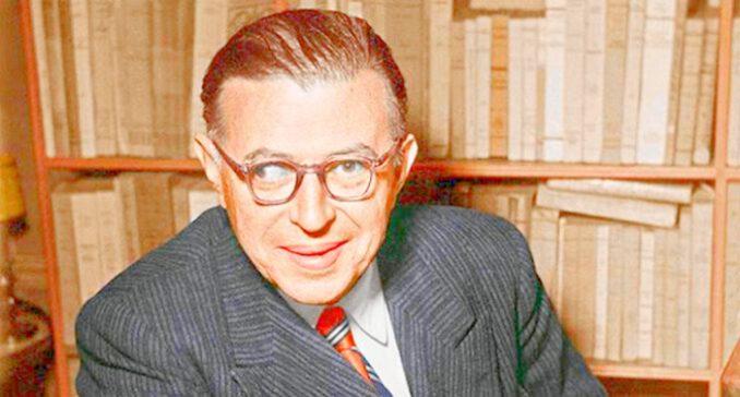 Sartre, varoluşçu felsefesini Marksizme göre konumlanarak şekillendirir
