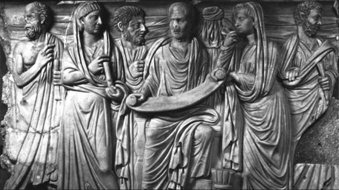 Yeni Platonculuk Antik Çağ'ın sonuna doğru egemen olmaya başlamıştır ve Antik Çağ Yunan felsefesinin sonu olarak nitelenir