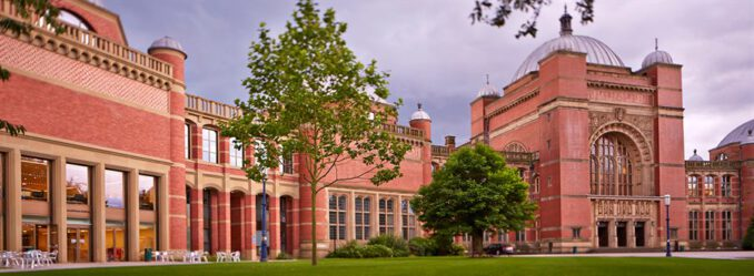 Britanya Kültürel Çalışmalar Okulu, Birmingham Üniveritesinde kurulmuştur.