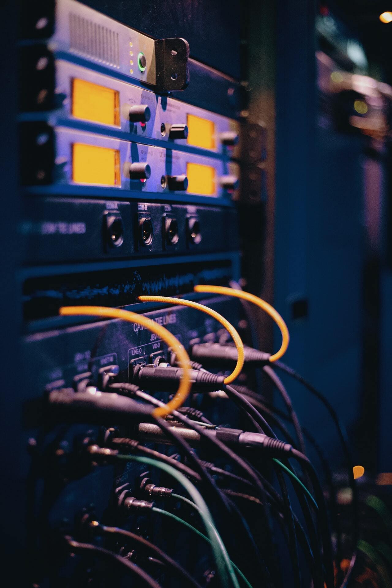 data center, veri merkezi, bilgisayar, kablo